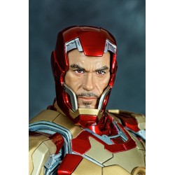IRON MAN MARK XLII STATUE (MOVIE VERSION)