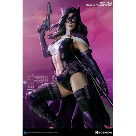 DC Comics Estatua Premium Format Huntress