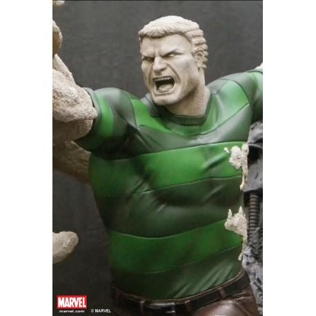 Premium Collectibles: Sandman Statue (Comics Version)