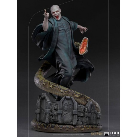 Voldemort & Nagini Harry Potter Estatua Legacy Replica 1/4