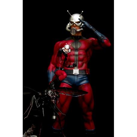 ANT-MAN STATUE (Comics Version) + Silver Coin