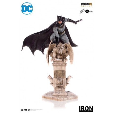 Batman by Eddy Barrows DC Comics Estatua 1/10 Deluxe Art Scale