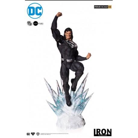 Superman (Black Suit) DC Comics Estatua Legacy Prime Scale