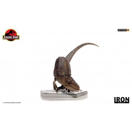 Velociraptor Art Scale Crouching