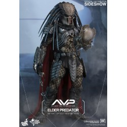 Elder Predator Sixth Scale Figure