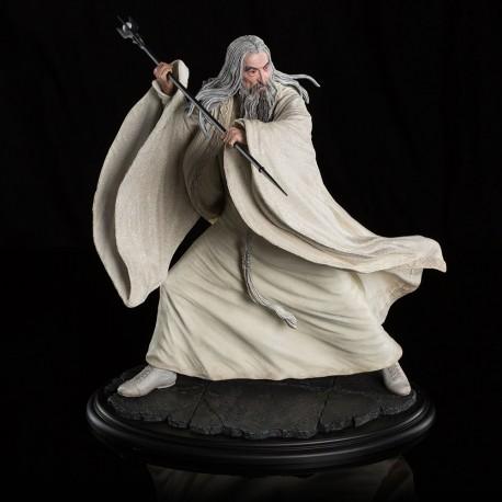 Saruman the White at Dol Guldur