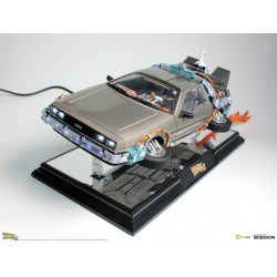 DeLorean Time Machine Floating Ver. Regreso al Futuro II
